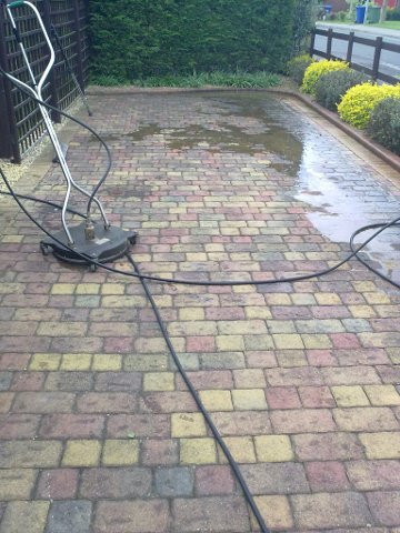 Revive pressure jet washing lincoln lincolnshire for Driveway cleaning chemicals